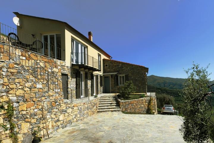 Ferienhaus in Ligurien mit Meerblick